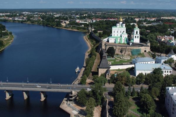 Фотографии, привезённые из поездки в Пушкинские Горы.
