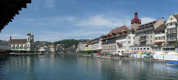 Люцерн. Город у прекрасного озера.